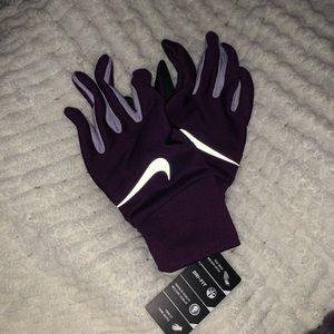 New Nike Dri-Fit Tempo Run Gloves NWT
